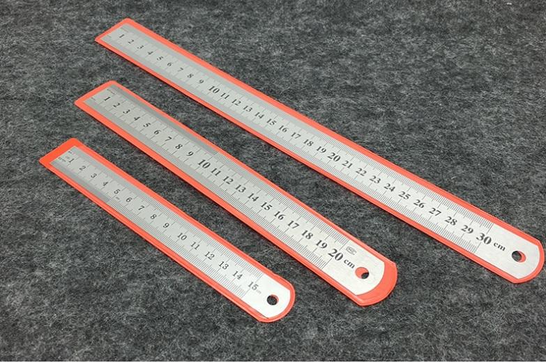 Купить Линейка из нержавеющей стали, толщина 0,7мм, длина 300мм