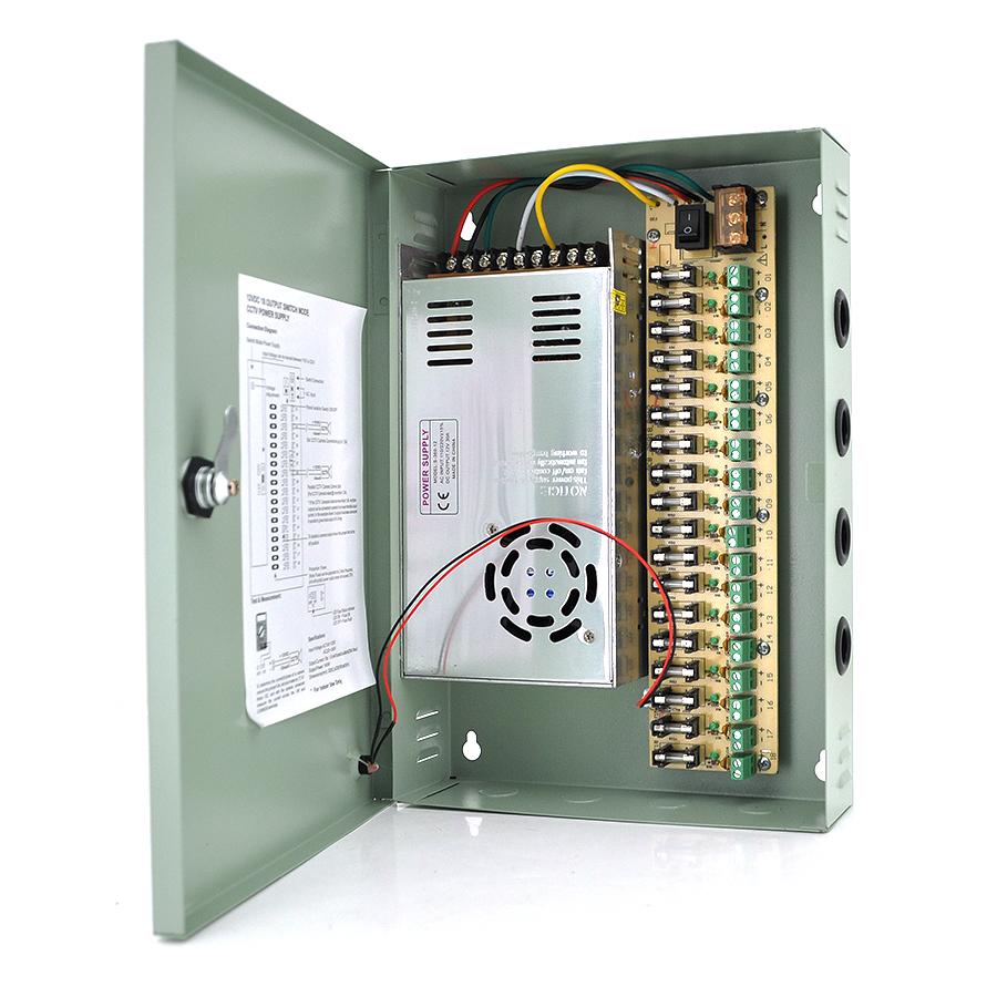 Купить Импульсный блок питания 12V-30A/18CH в боксе с замком перфорированный, 18-ти канальный